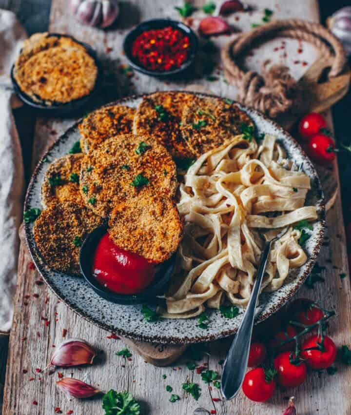 Gebackene Auberginen Schnitzel Mit Cremiger Pasta Vegan Bianca Zapatka Rezepte