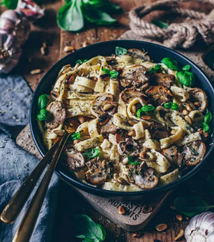Creamy Mushroom Pasta Vegan Bechamel Sauce Bianca Zapatka Rezepte