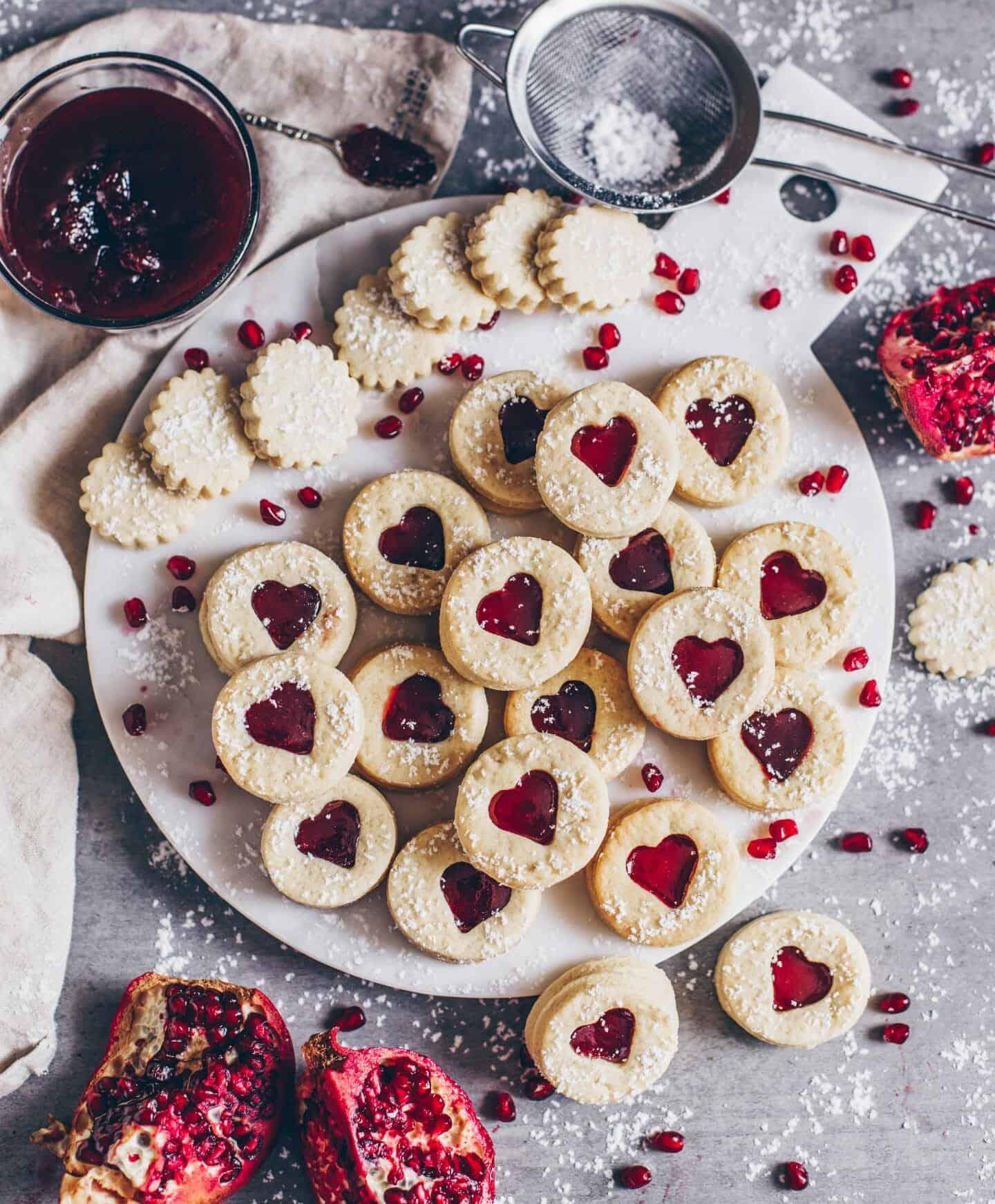 Weihnachtskekse Mit Marmeladenfüllung.Leckere Vegane Kekse Mit Marmeladenfüllung Spitzbuben Plätzchen