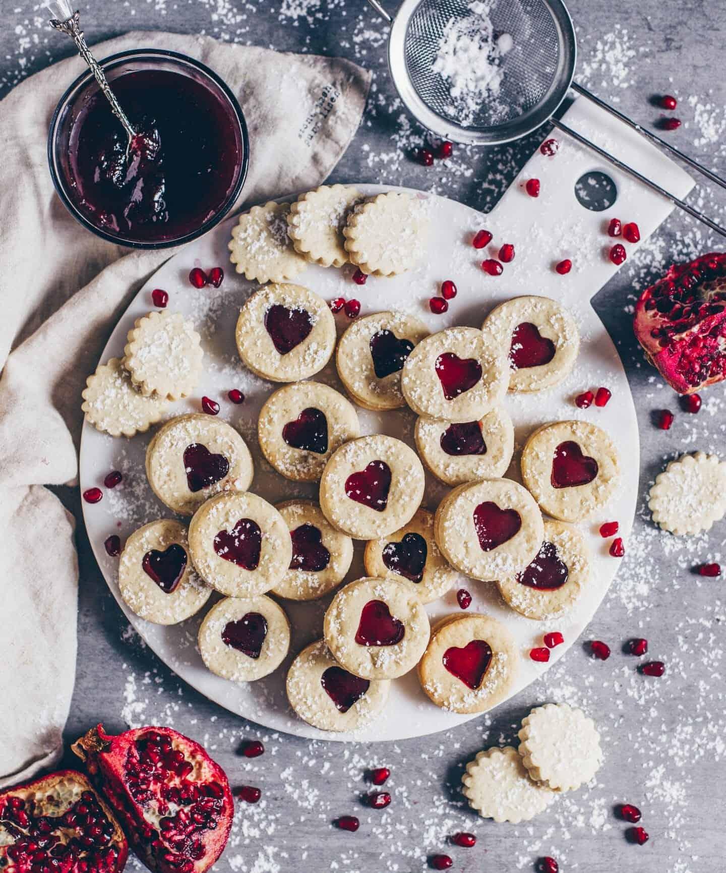 Linzer Cookies (Vegan Spitzbuben Biscuits)