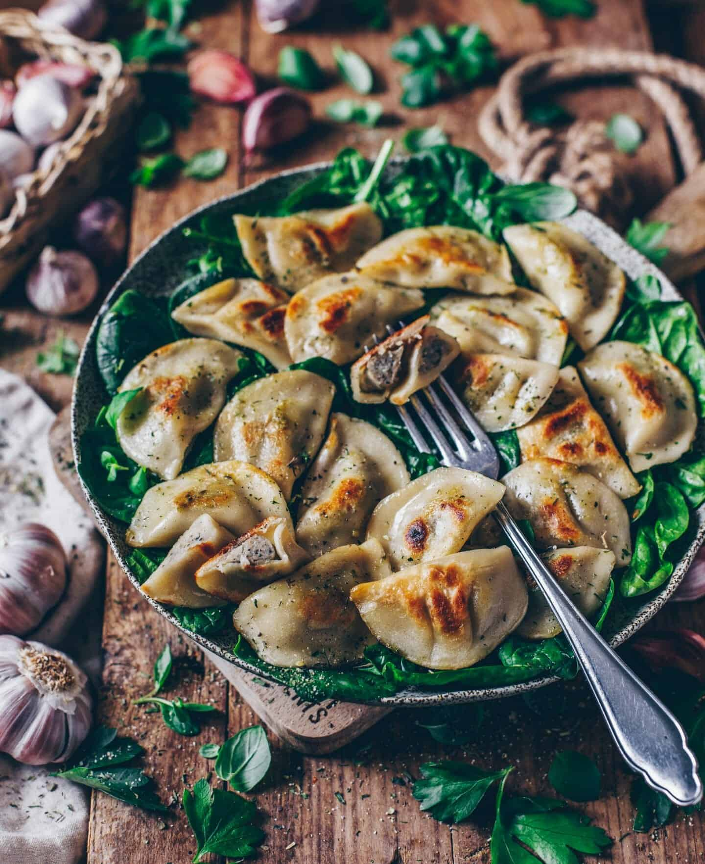 recipe for easy vegan pierogi with mushroom filling, polish pasta dumplings, vegan ravioli, mushrooms, spinach, delicious, simple, gluten-free, egg-free, dairy-free, healthy