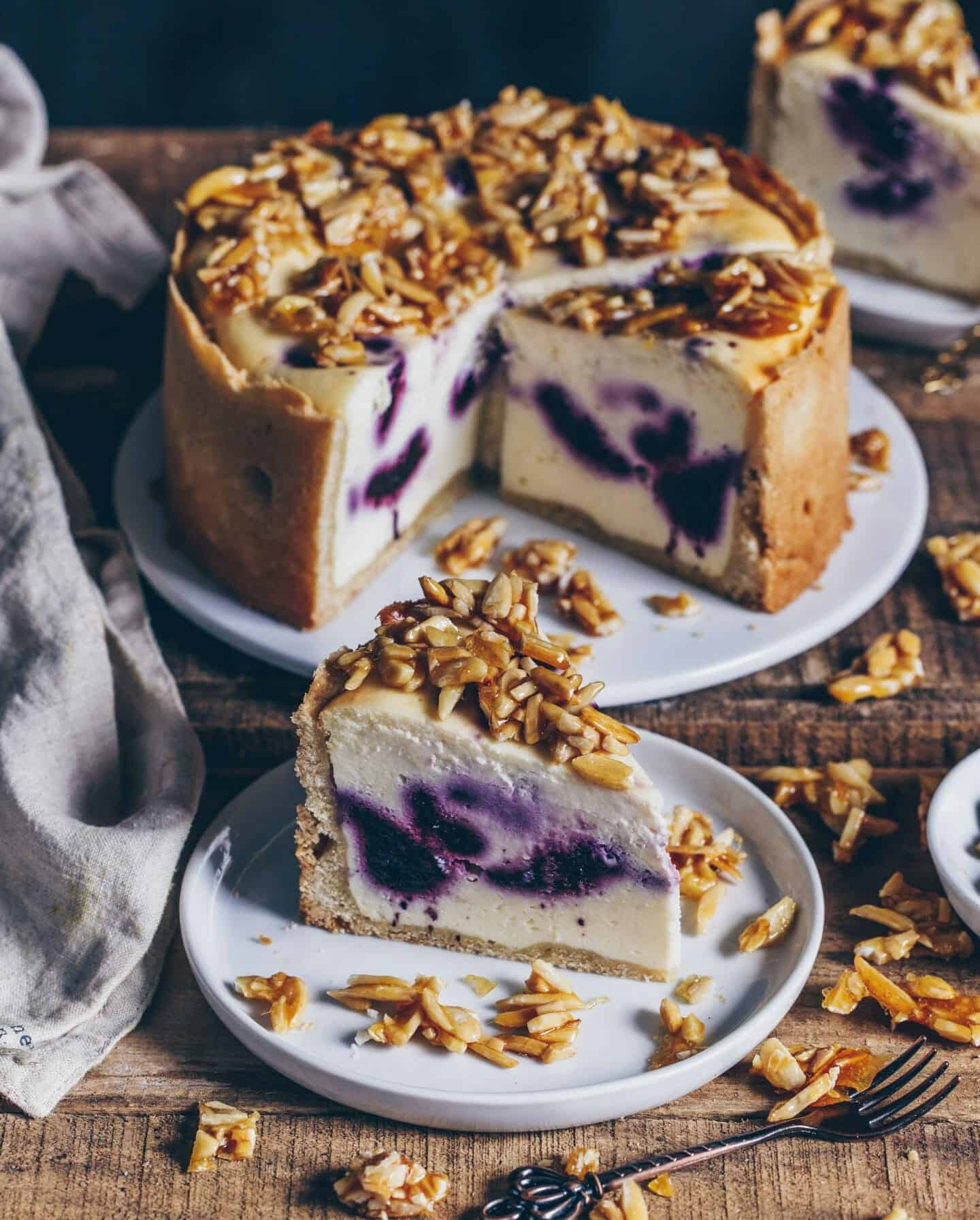 vegan blueberry cheesecake with almond topping