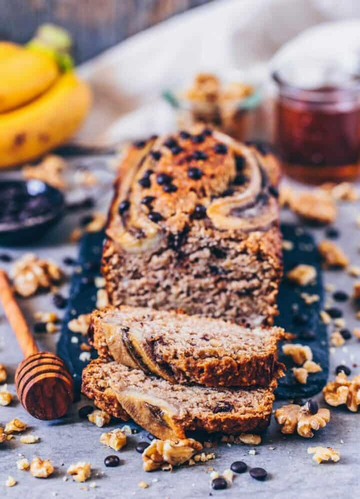 the best vegan banana bread - easy, healthy, delicious recipe