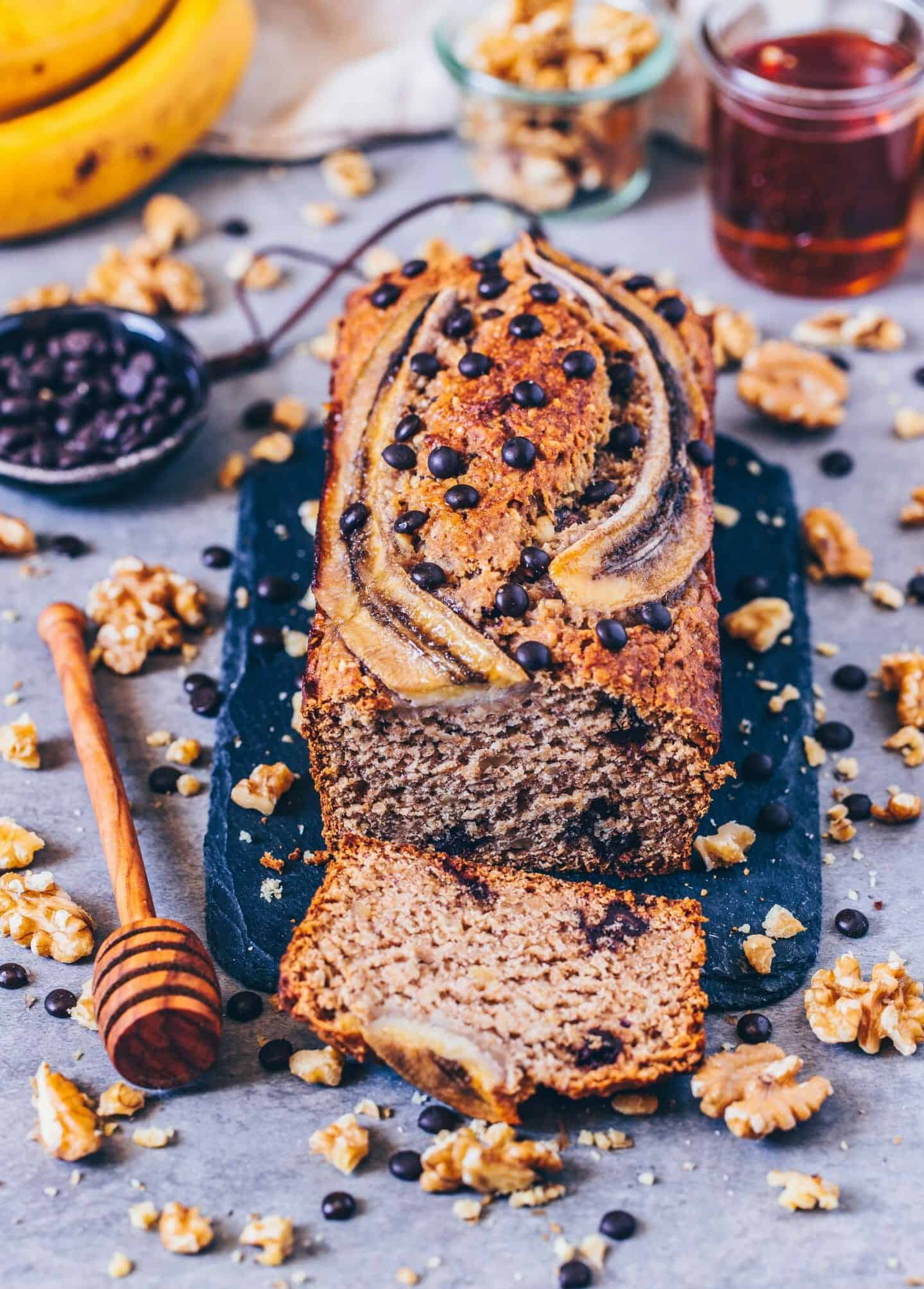 the best vegan banana bread - easy, healthy, delicious recipe