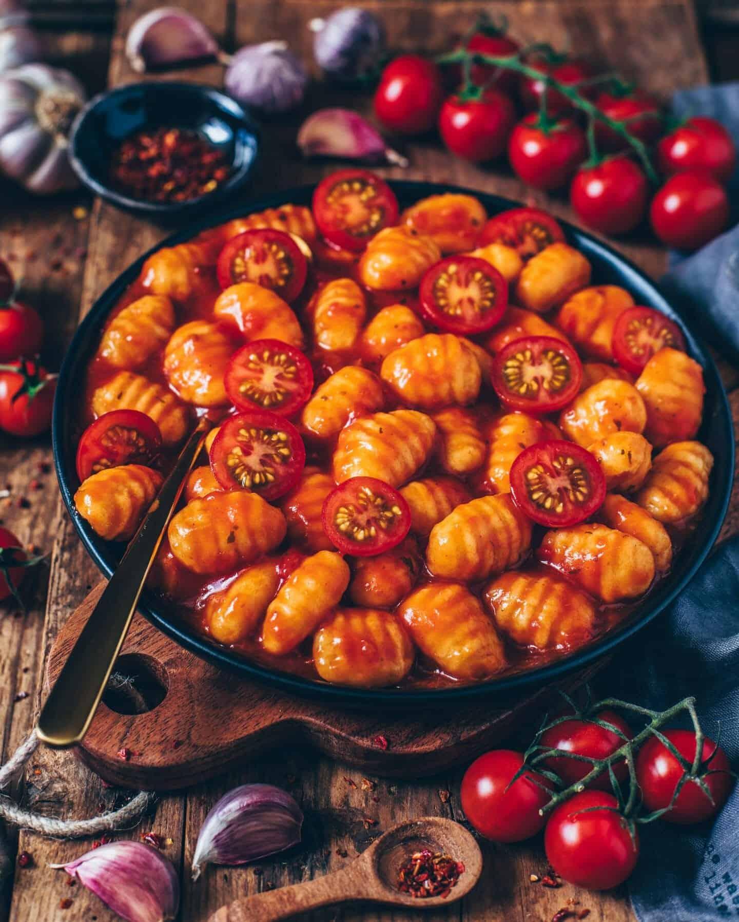 gnocchi tomato sauce
