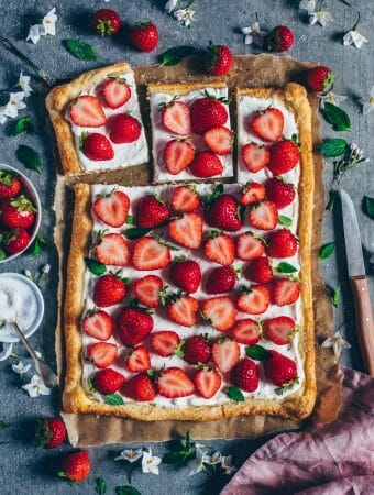 easy vegan strawberry coconut cream tart made with puff pastry