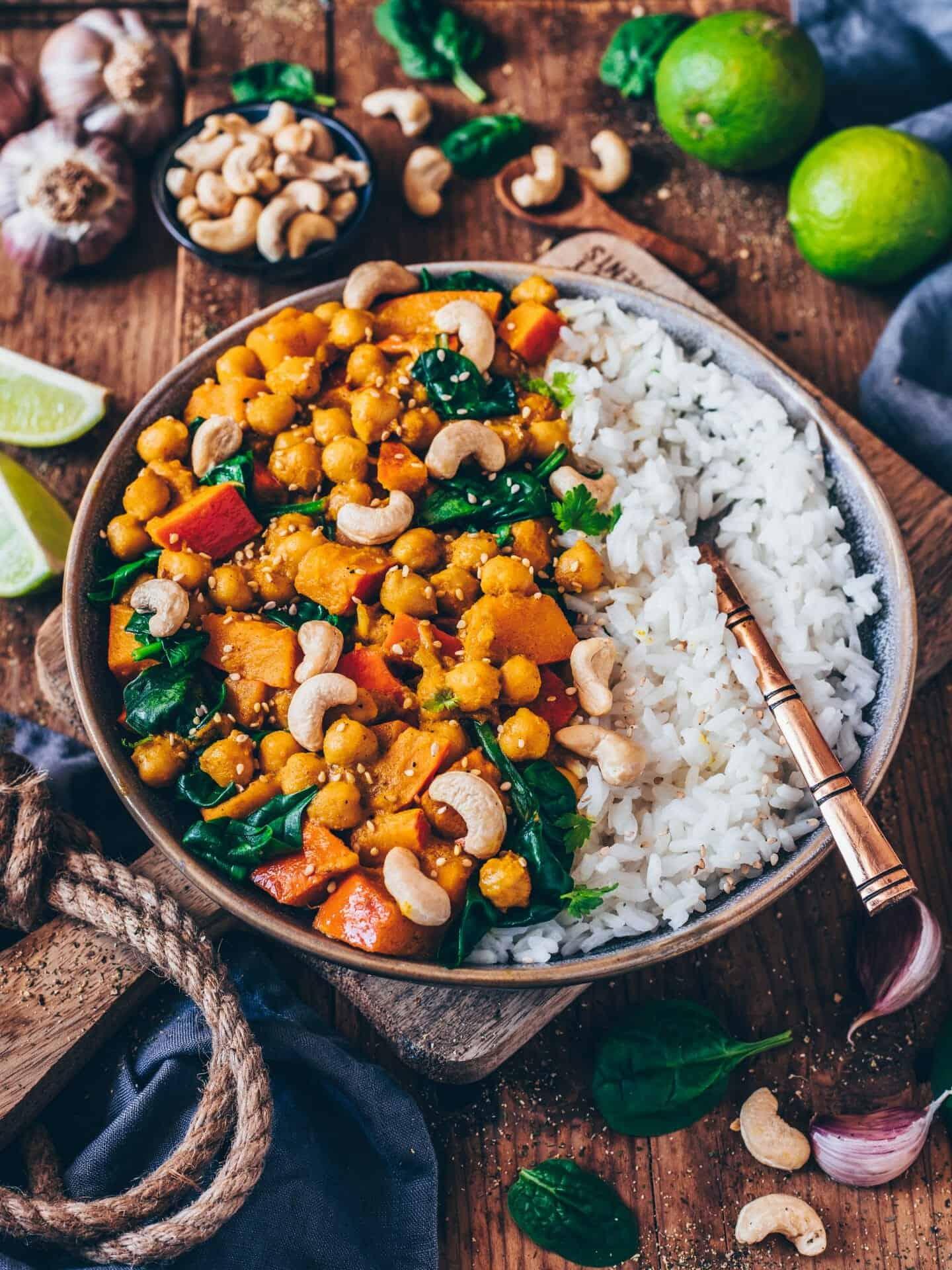 pumpkin chickpea curry (vegan, easy recipe)