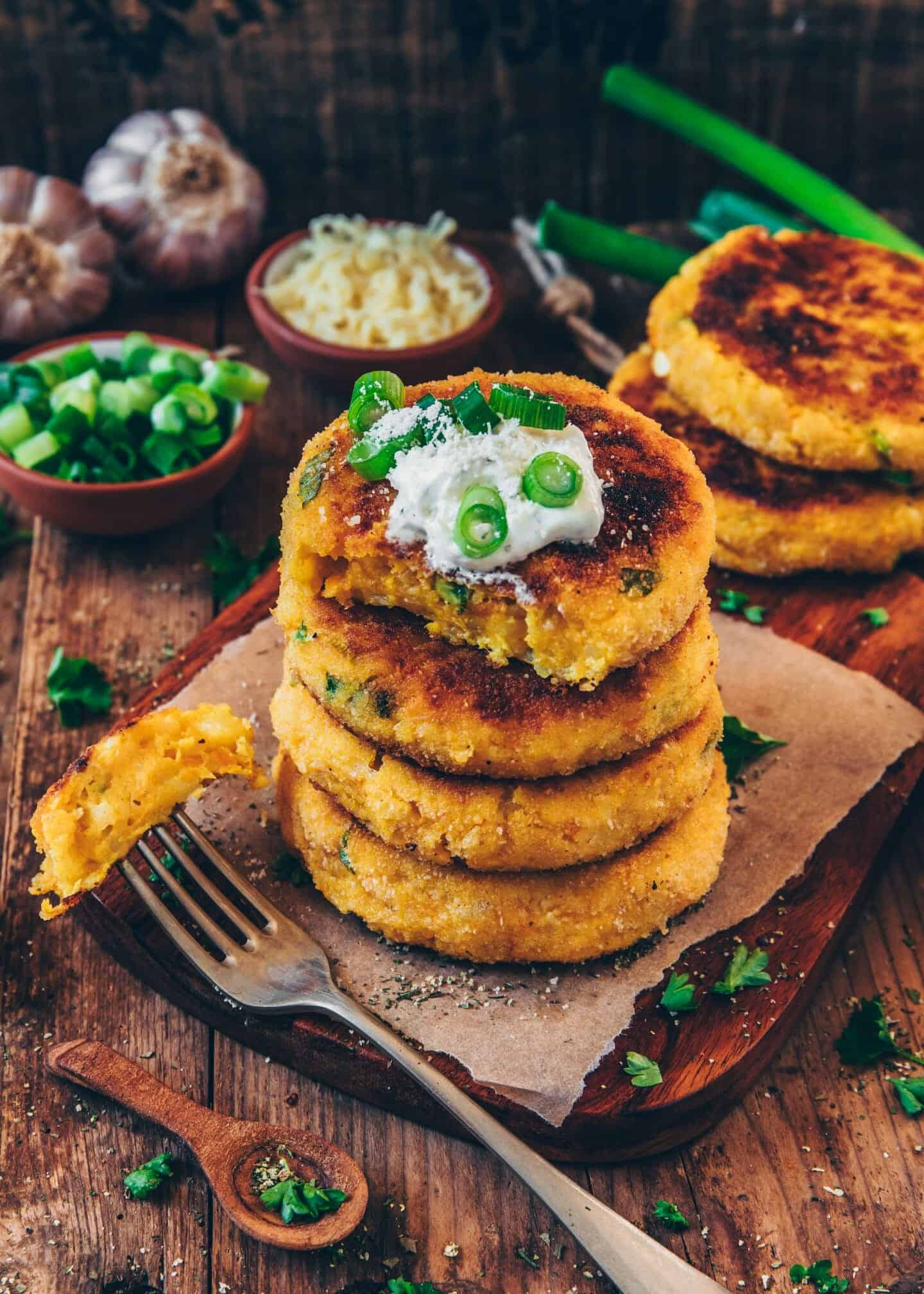 These cheesy vegan potato cakes are quick and very easy to make! It makes a simple and tasty side dish, dinner or lunch, and it's the best way to use up leftover potatoes!