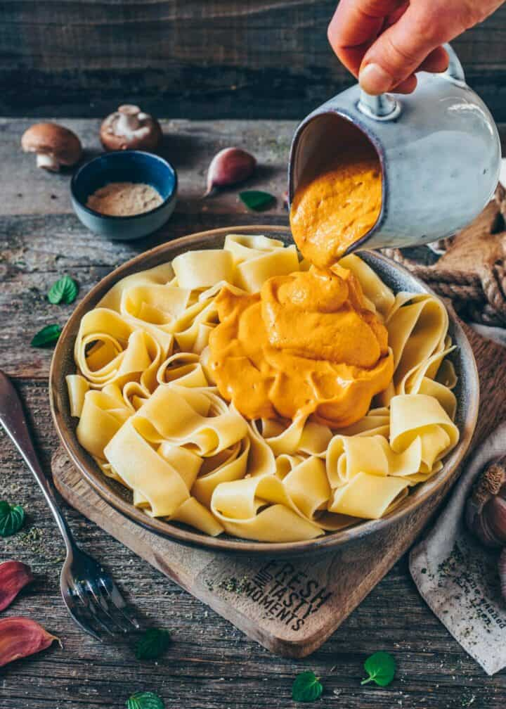 This vegan sweet potato pasta sauce is a great way to get the creaminess of a classic alfredo sauce but in a lighter and vegan cheese sauce! The recipe is easy to make, dairy-free, gluten-free, and so healthy!