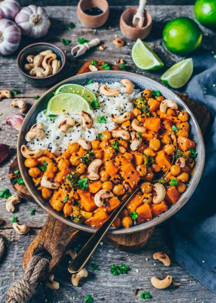 Creamy Chickpea Curry with Sweet Potato and Broccoli. It is quick and easy to make, vegan, healthy, delicious. Freezer friendly, gluten-free, made with coconut milk.