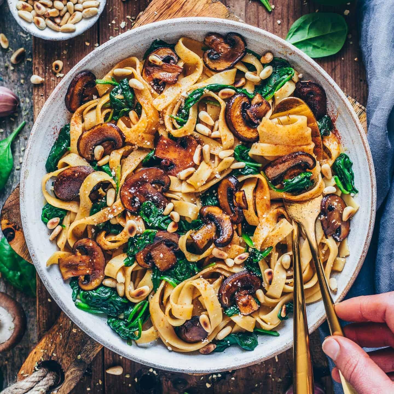 Vegan Mushroom Pasta With Spinach Bianca Zapatka Rezepte