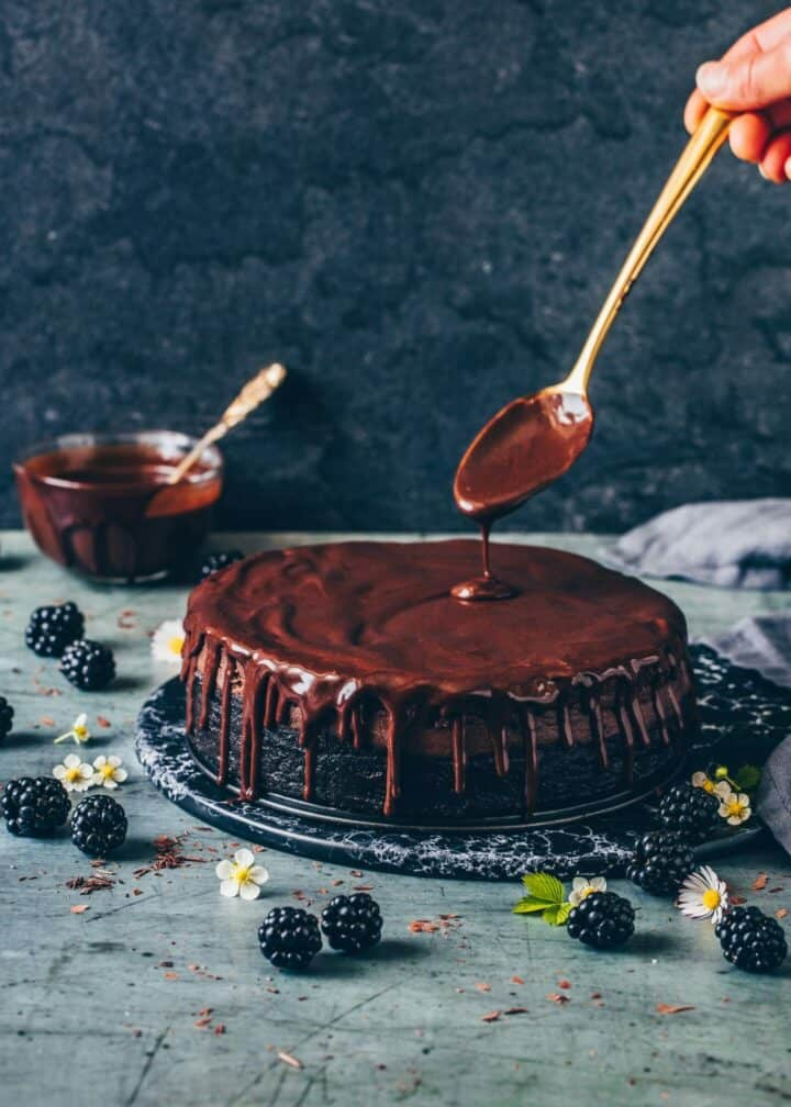 Best Vegan Baked Chocolate Cheesecake Recipe. Tips for the perfect cheesecake. Step-by-step guide. Creamy, rich, fudgy, simple Chocolate Ganache. Dairy-free, egg-free, easy to make.