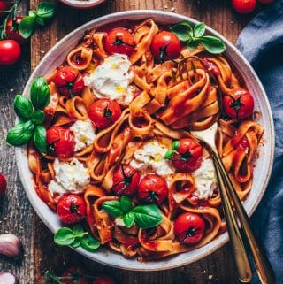 creamy tomato pasta napoli