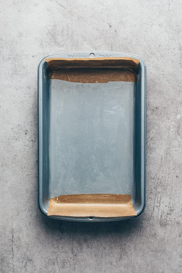 Baking pan for chocolate cake