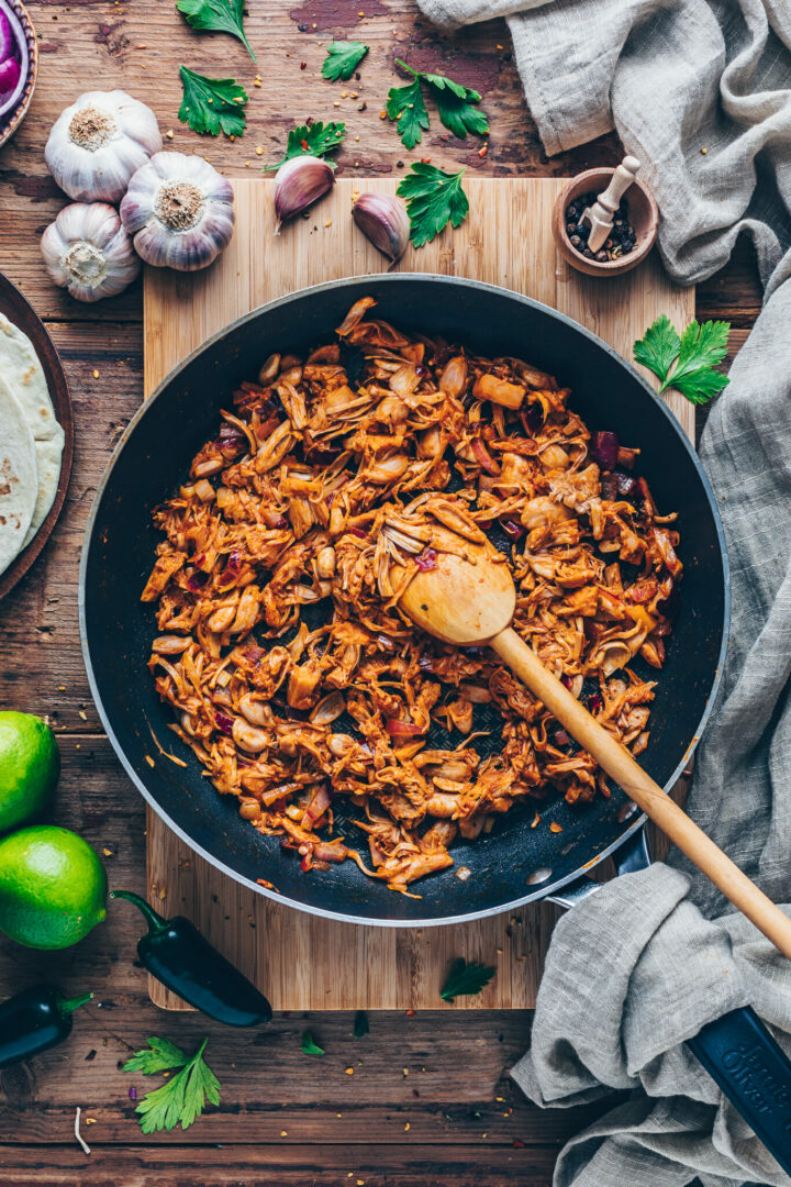 BBQ Jackfruit Pulled Pork - Vegan Gyros Recipe