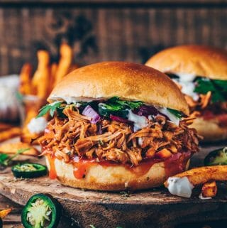 BBQ Jackfruit Pulled Pork Sandwiches Burger