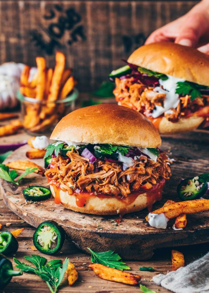 Jackfruit Pulled Pork Sandwiches Burger with Tzatziki and Barbecue Sauce