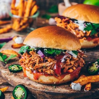 BBQ Jackfruit Pulled Pork Burger