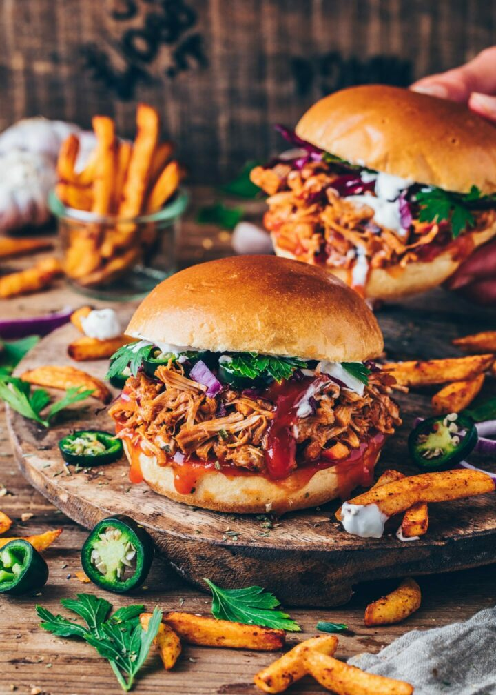 Barbecue Jackfruit Pulled Pork Sandwiches Burger