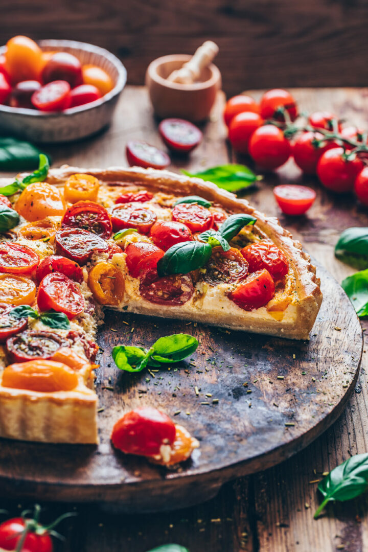 heirlroom tomato tart (vegan quiche) with basil | food photography & styling