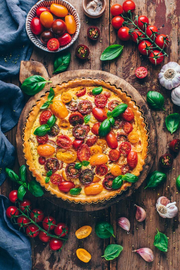 Bunte Tomaten Tarte mit Basilikum