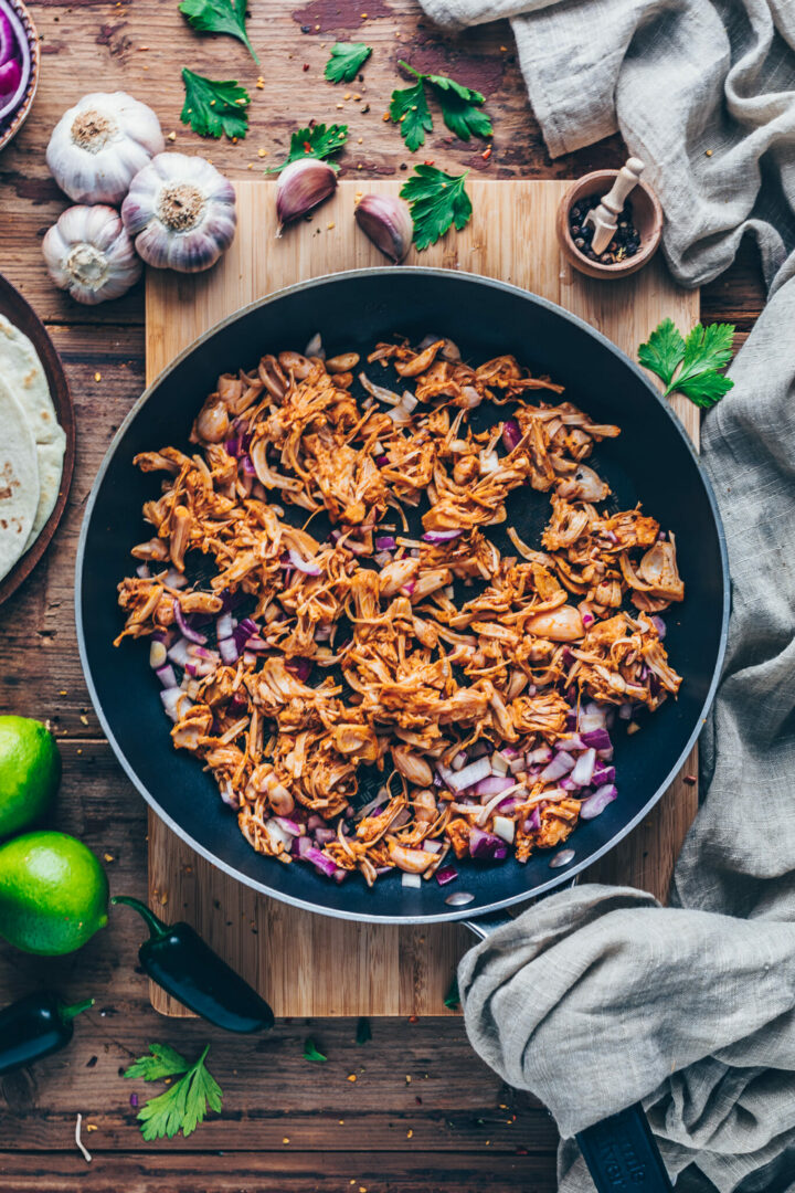 BBQ Jackfruit Pulled Pork recipe - Vegan Gyros