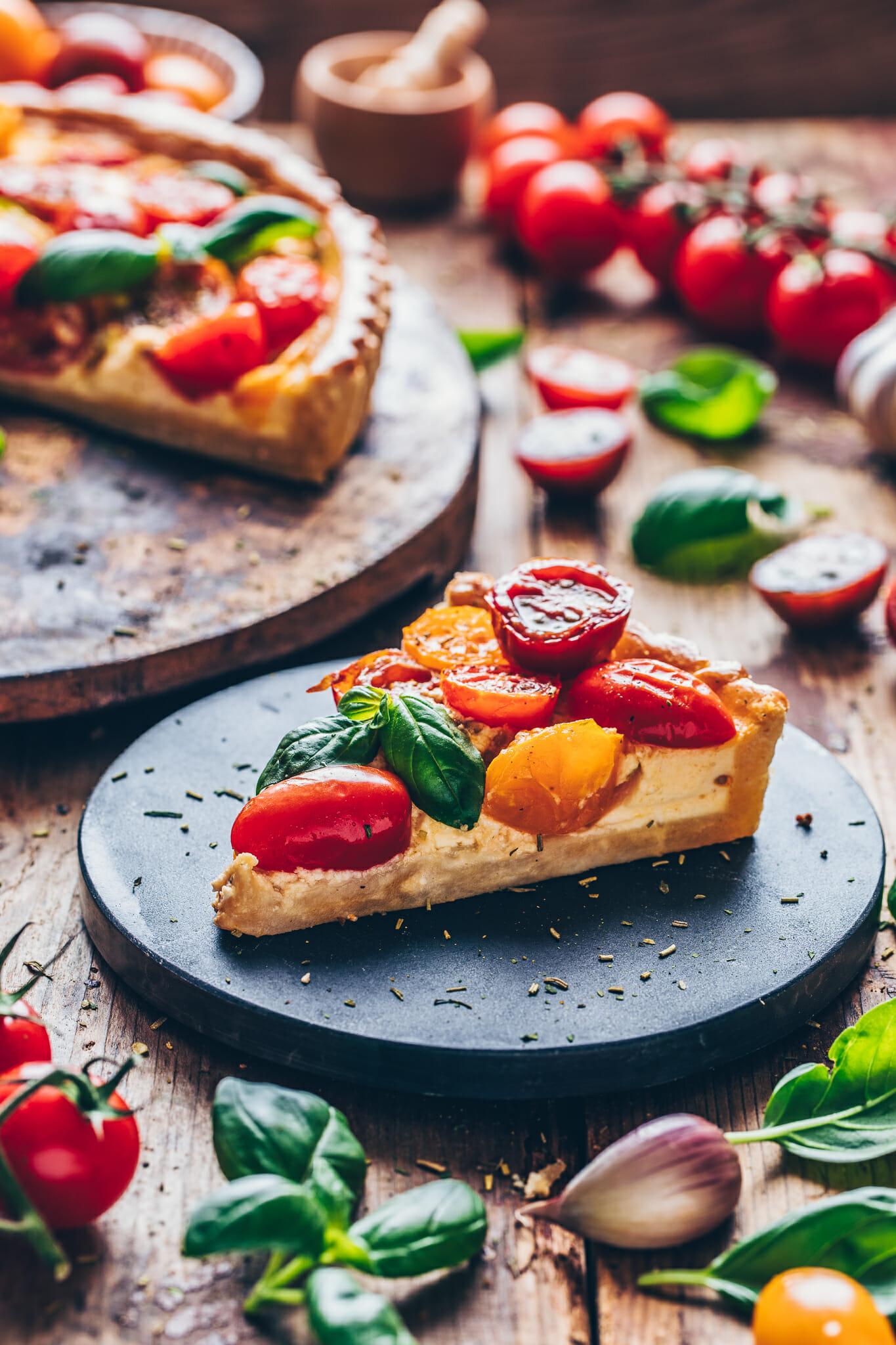 Tomaten Quiche Tarte mit Basilikum