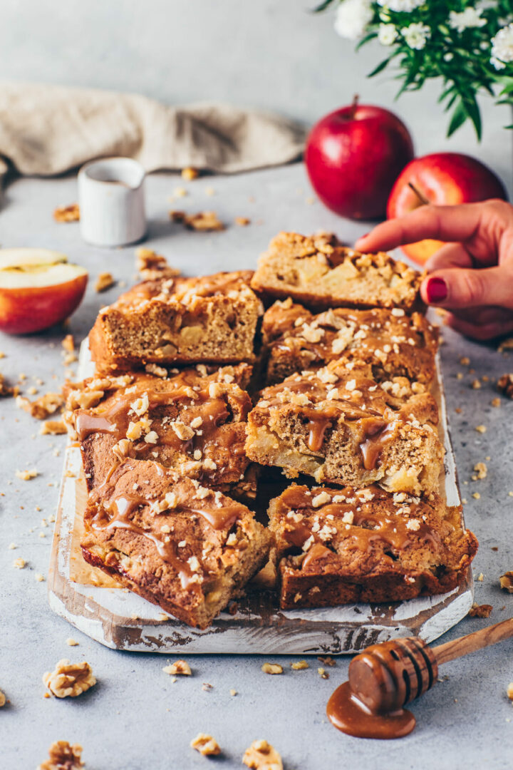 apple bars blondies with caramel sauce and chopped walnuts
