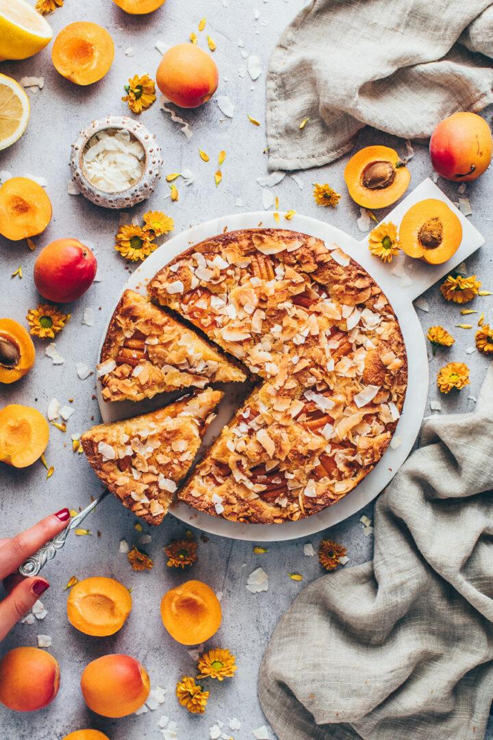 Aprikosen Kuchen mit Kokos