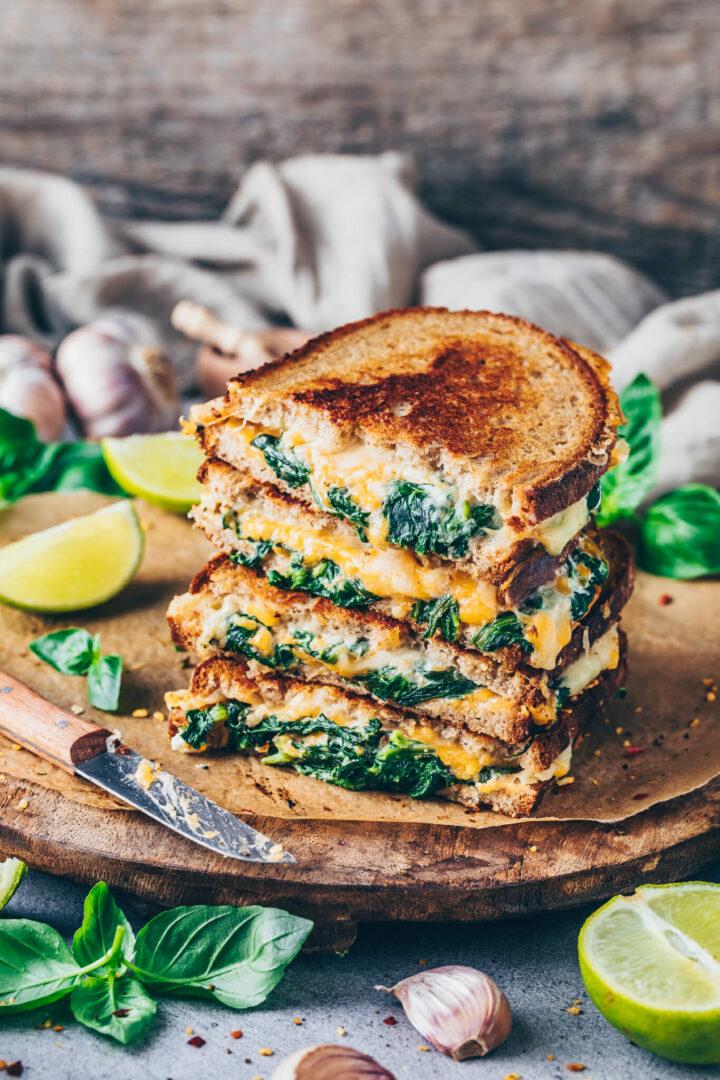 Grilled Cheese Sandwich Rezept Veganes Käse Sandwich mit Spinat