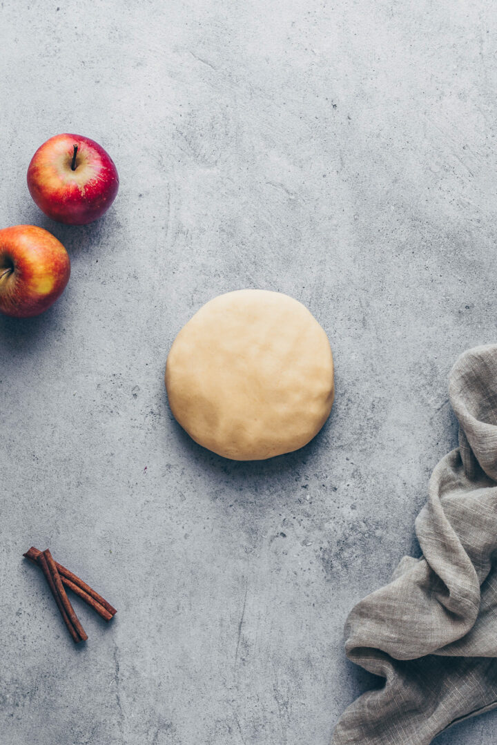 homemade pie crust pastry dough for pie