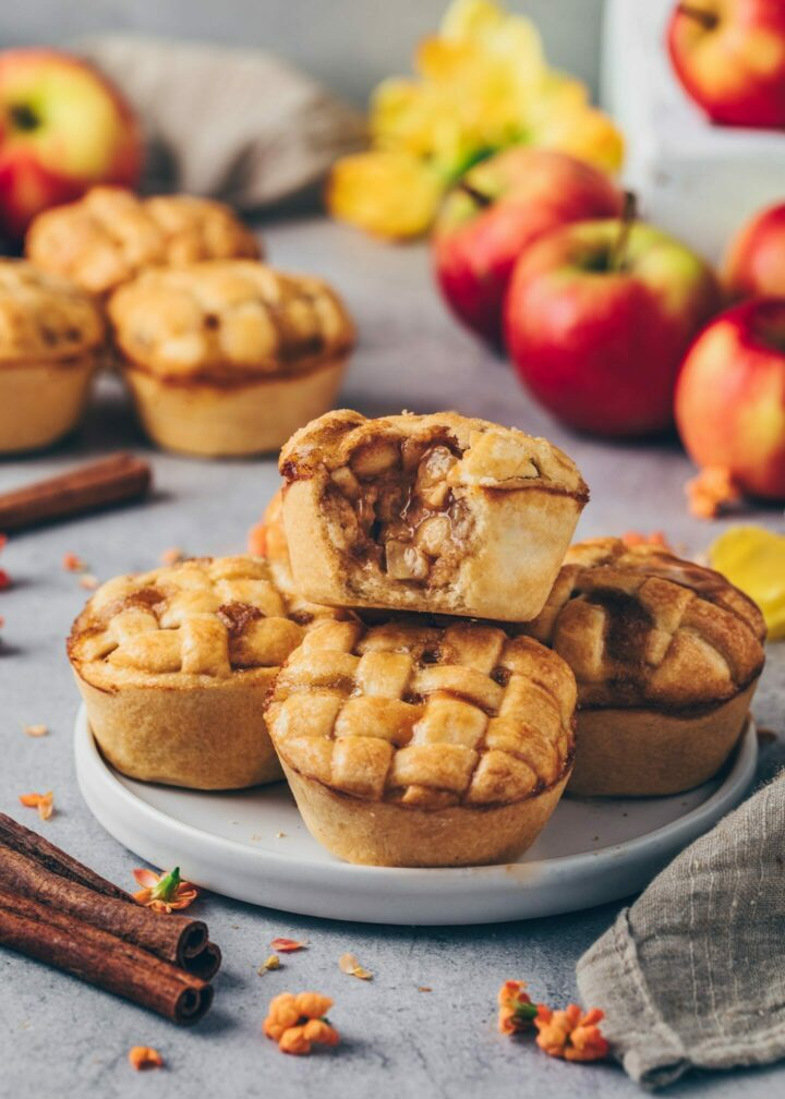 Mini Apple Pies with moist apple cinnamon pie filling on a plate