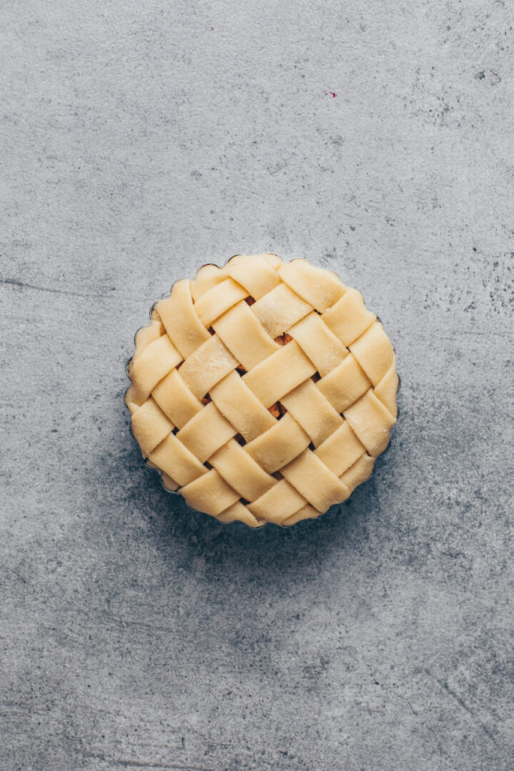 apple pie tart with lattice pie top crust