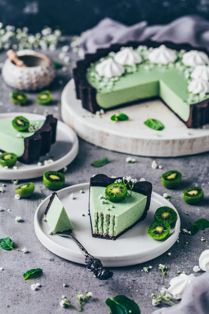 Matcha Cheesecake mit Kiwis