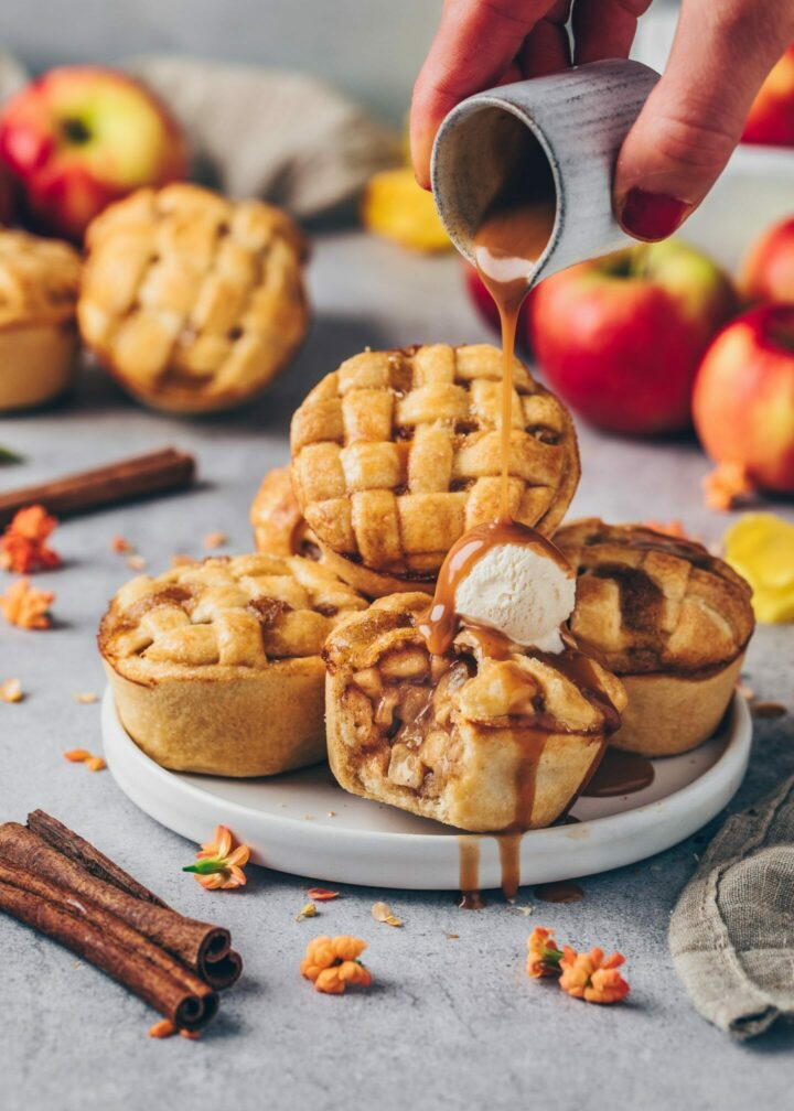 Mini Apple Pies with ice cream and vegan caramel sauce