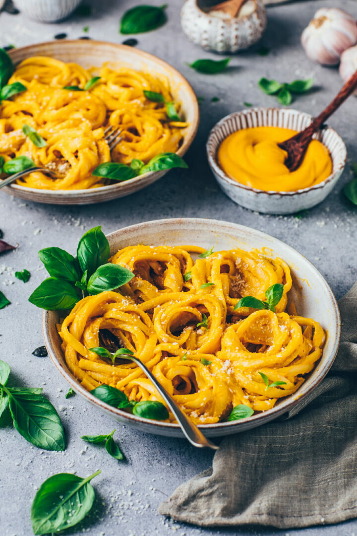 Kürbis Alfredo Pasta (Vegane Käsesauce)