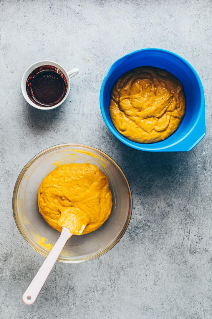 batter for pumpkin bread loaf cake