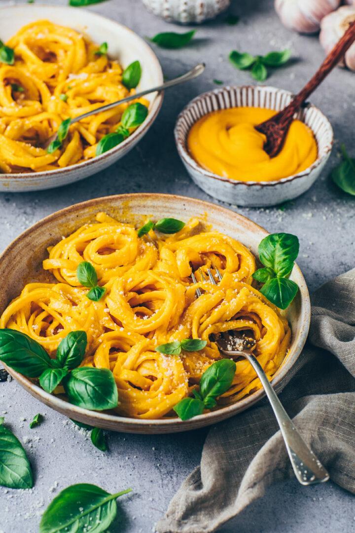 Kürbis Alfredo Fettuccine Pasta
