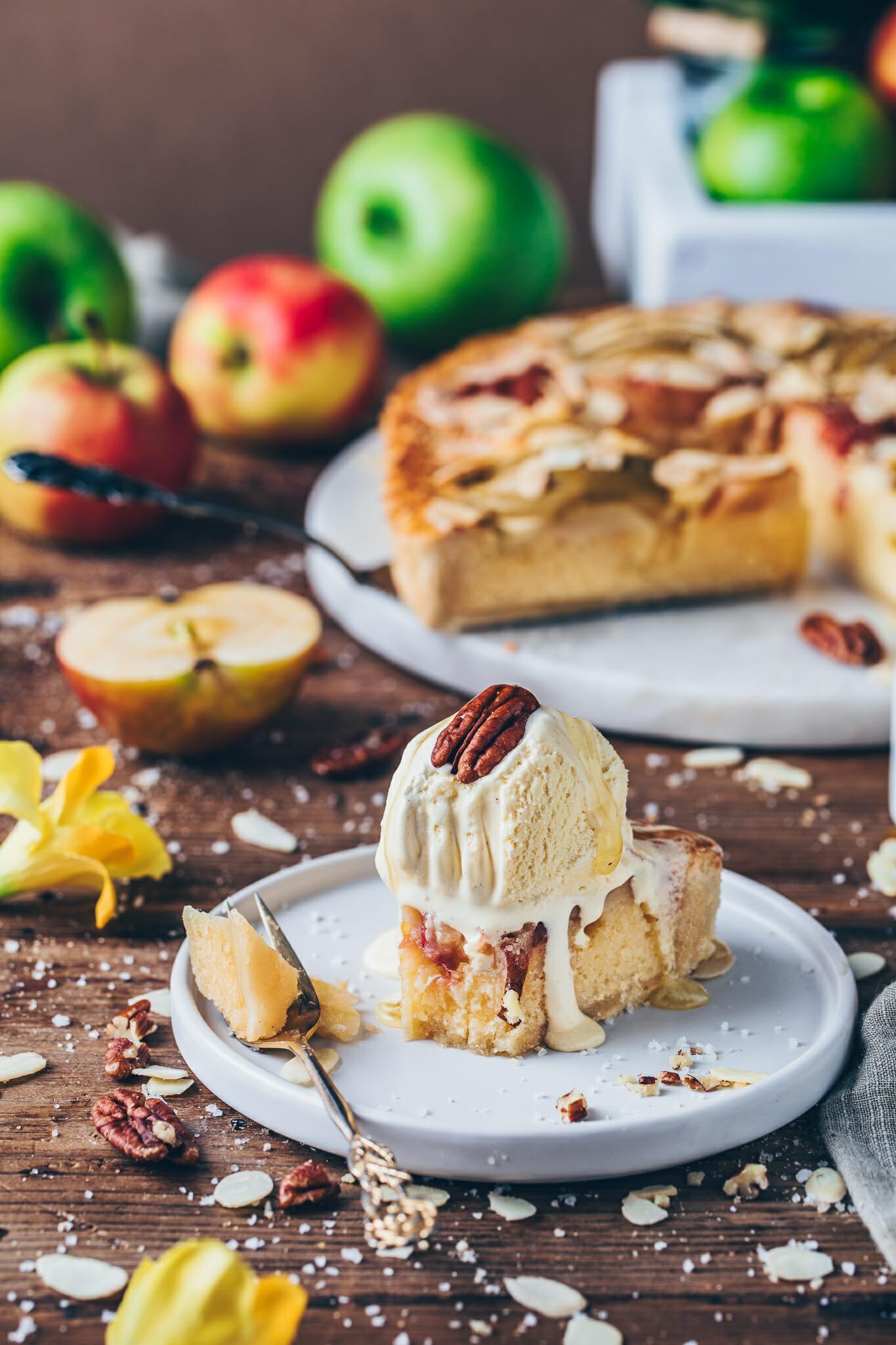 Best Vegan Apple Tart Recipe with almonds
