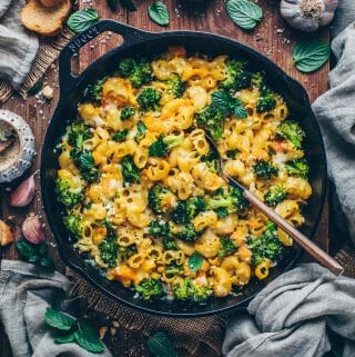 Brokkoli Nudelauflauf (Makkaroni Pasta Gratin mit Käse)