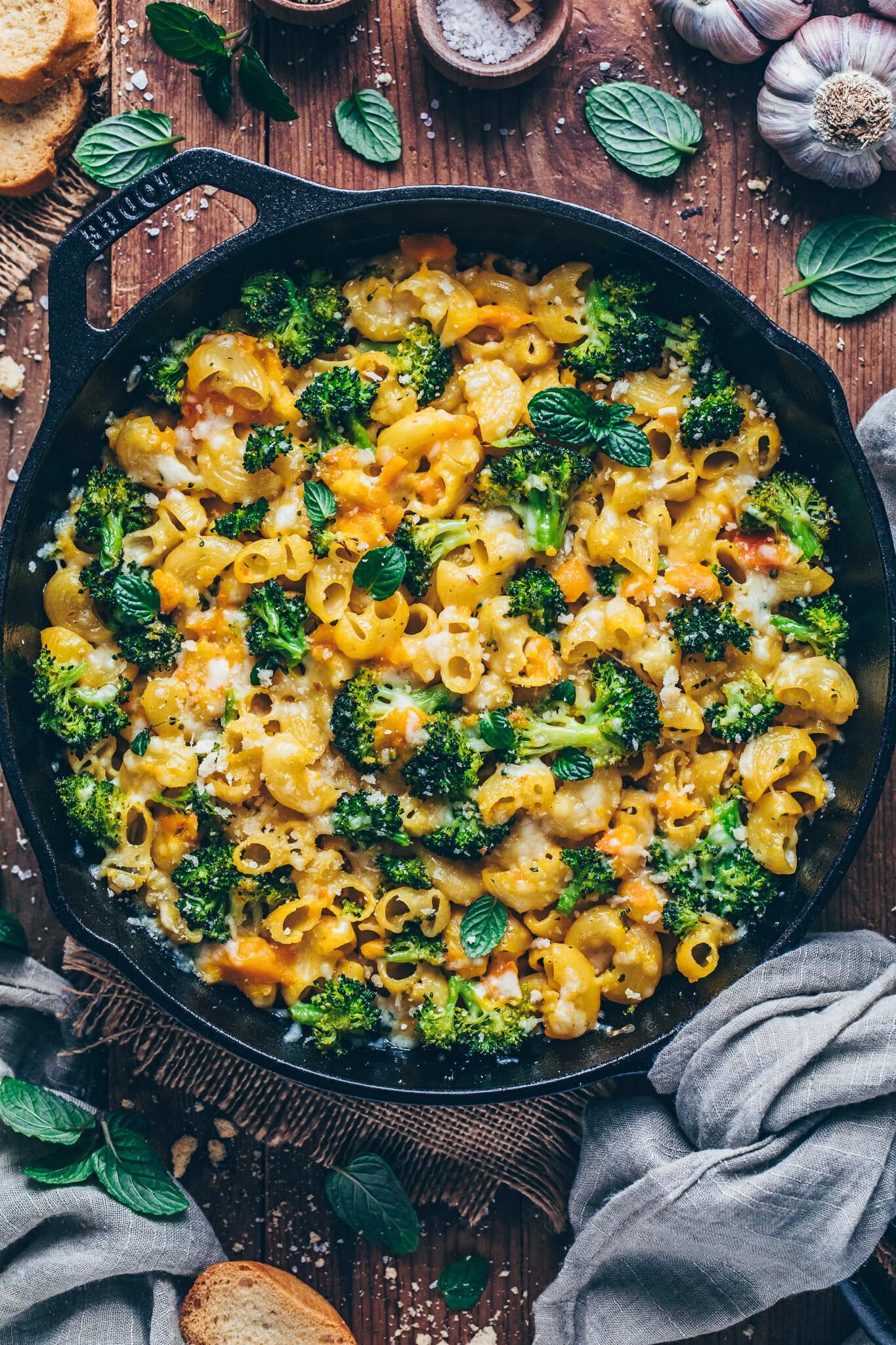 Broccoli Mac and Cheese Casserole