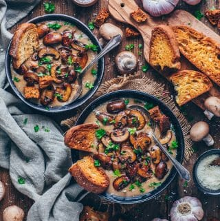 cream of mushroom soup with garlic bread