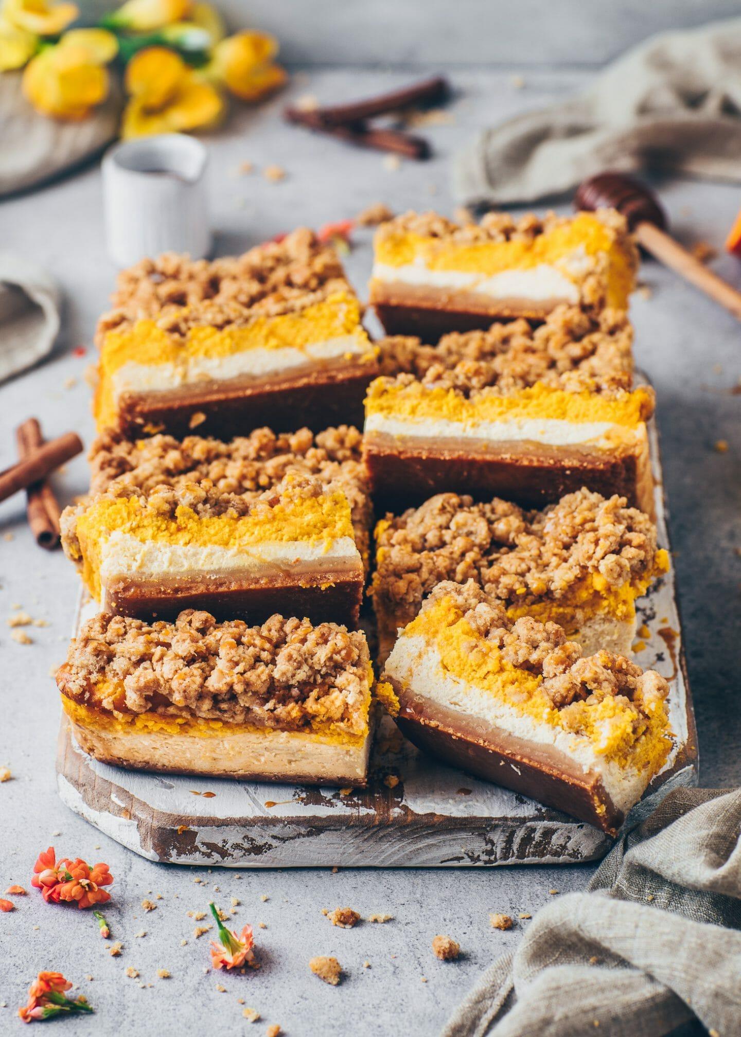 Pumpkin Cheesecake Bars with Cinnamon Streusel