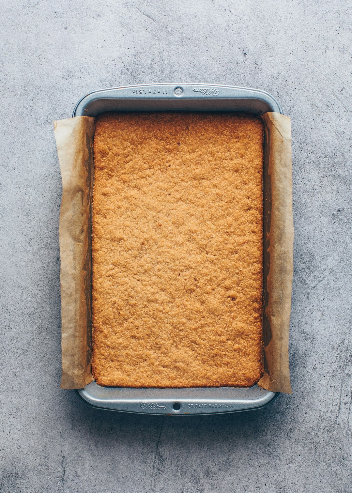 baked cookie crumb crust in a baking pan