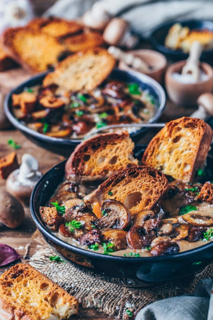 vegan mushroom soup with garlic bread