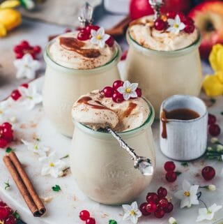 Caramel Mousse with cinnamon, red currants and caramel (Vegan Cheesecake Tiramisu Dessert)