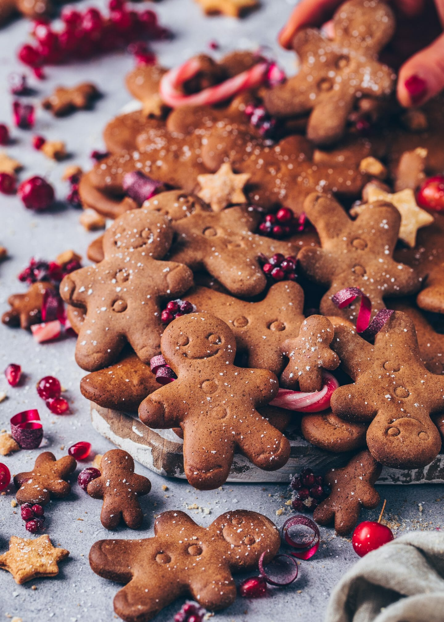 Gingerbread men (Vegan Christmas cookies)