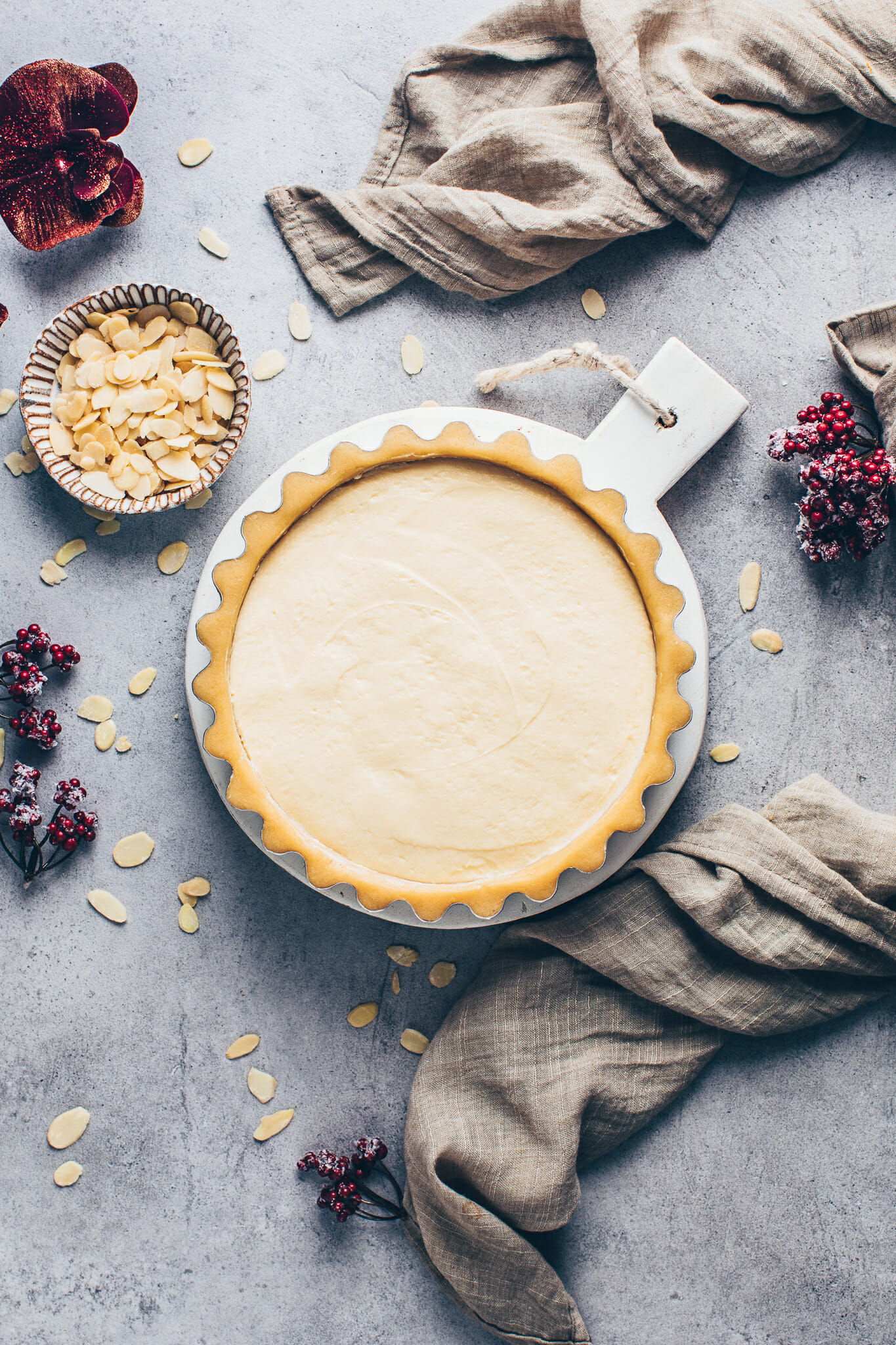 shortcrust pastry tart pie with custard pudding cream filling