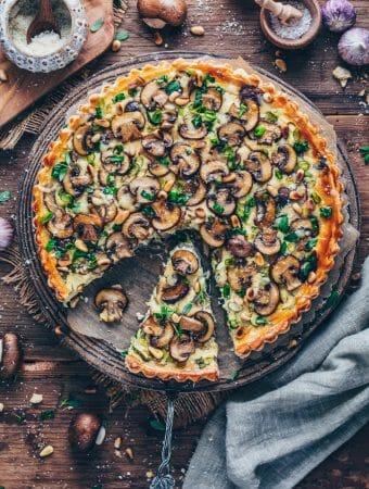 Pilz-Tarte (Vegane Quiche mit Champignons und Lauch)