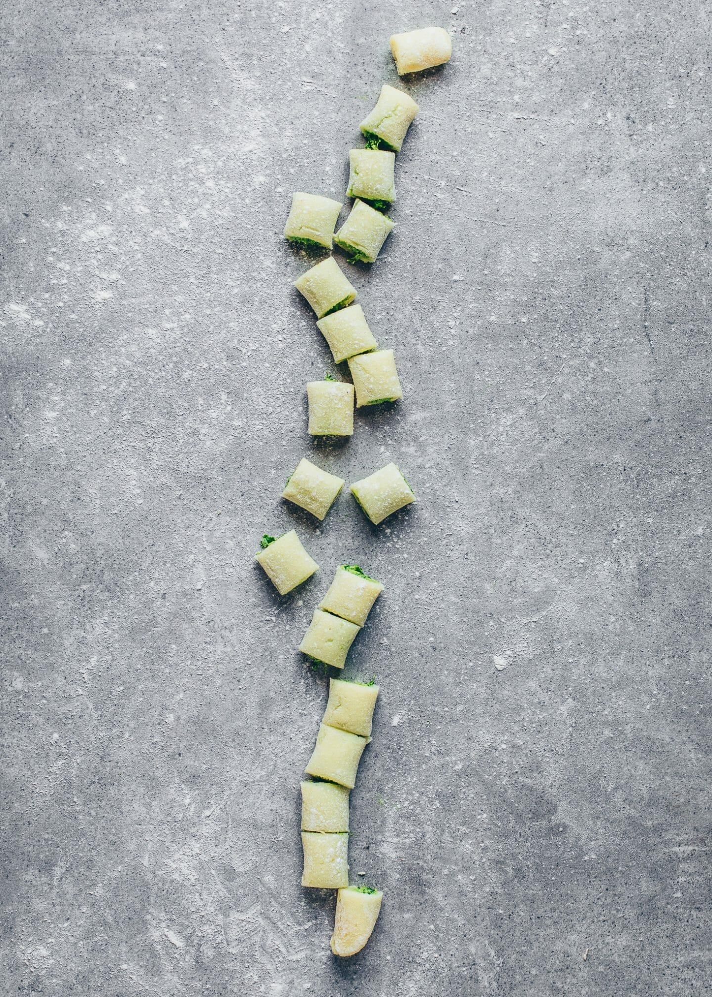 Gefüllte Gnocchi (selbstgemacht, einfach, vegan)